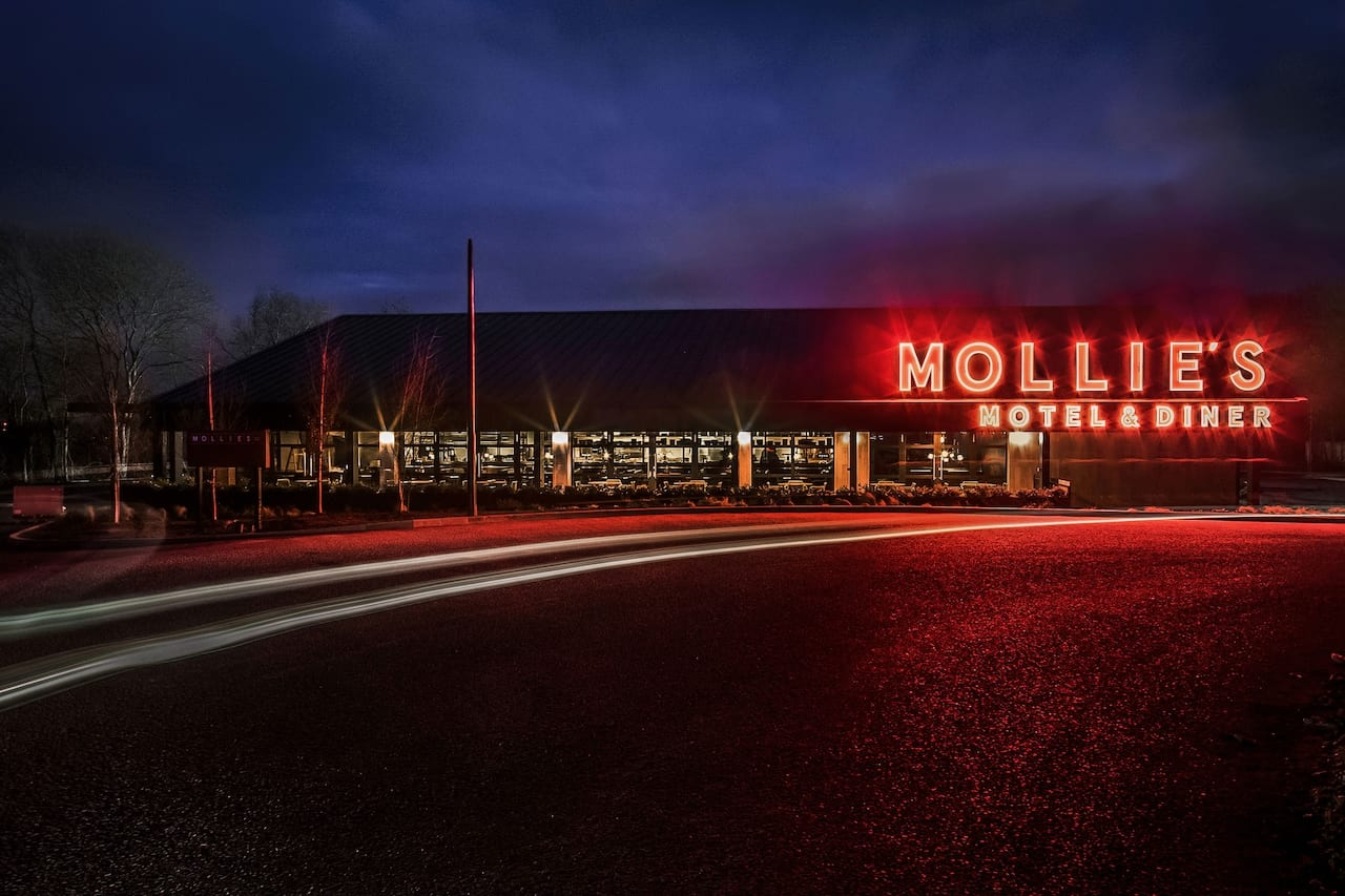 Mollie's Motel & Diner Review