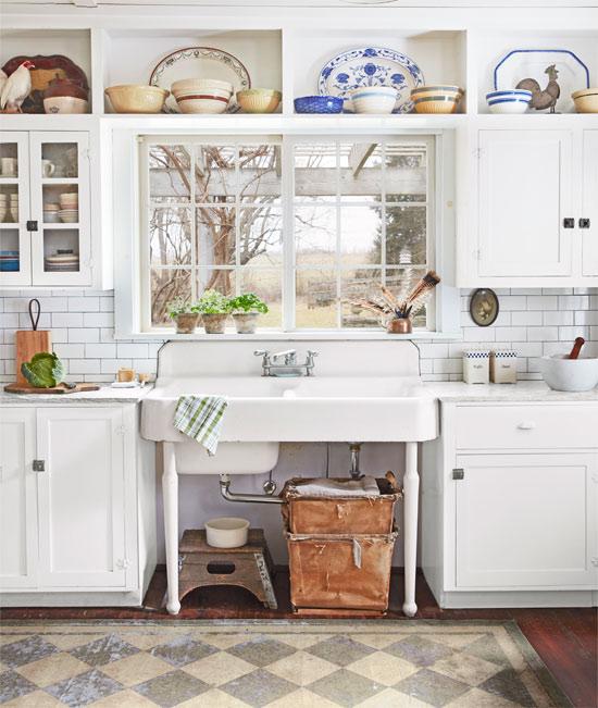 vintage style farmhouse sink