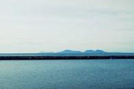 Sabang terlihat di kejauhan. Perairan ini tadinya adalah perumahan Bea Cukai.