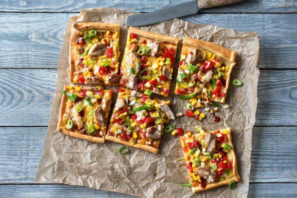 different ways to cook chicken-pizza-recipe-HelloFresh