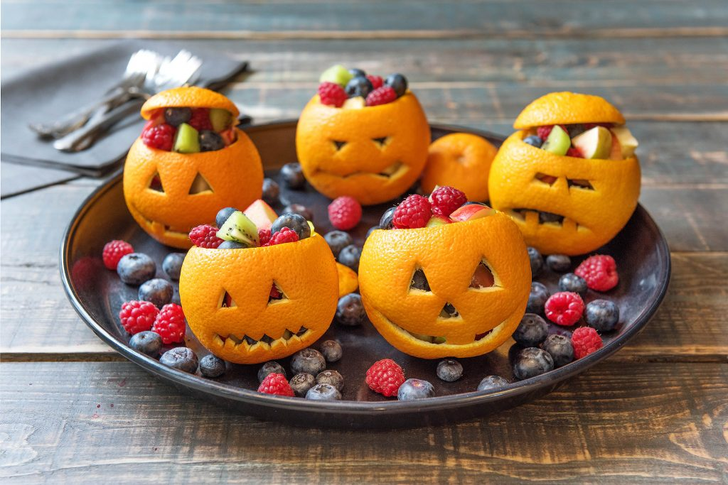 healthy Halloween treats-HelloFresh-carved-oranges