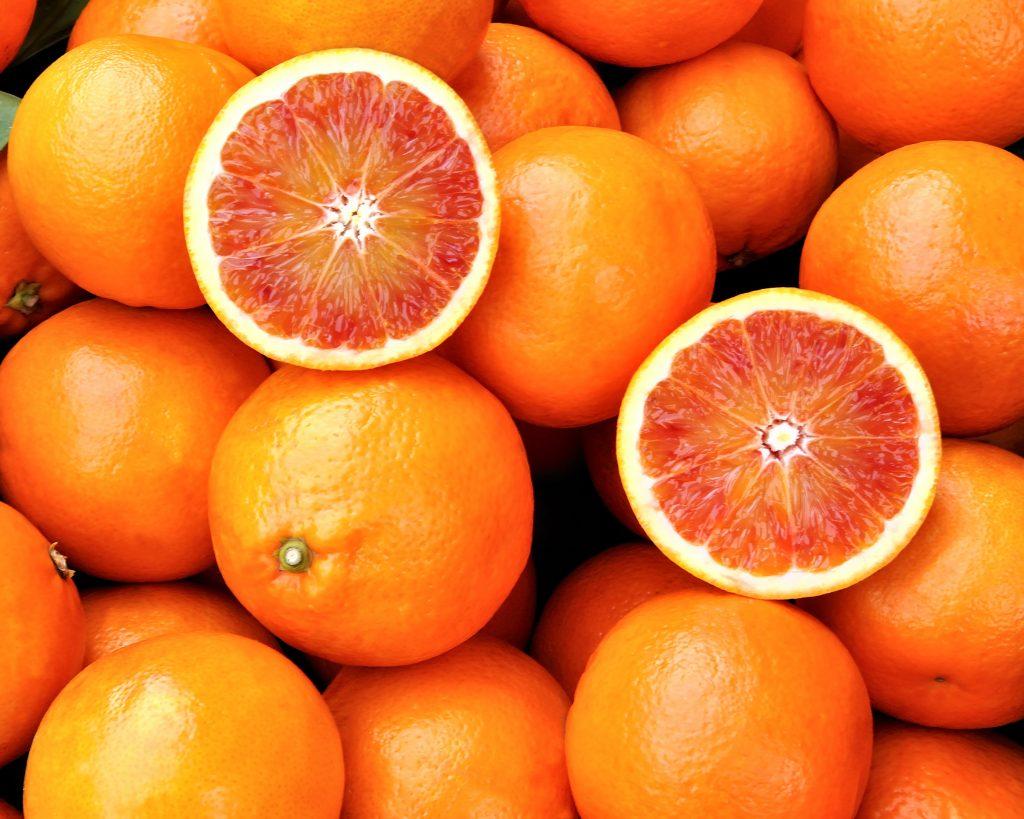 what's in season-winter-blood-oranges-HelloFresh