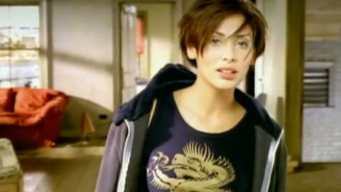 Natalie Imbruglia Is Making A Comeback 90s Kids