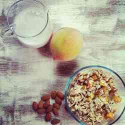 Peach Almond Overnight Oatmeal + 2 More Skinny Girl Recipes