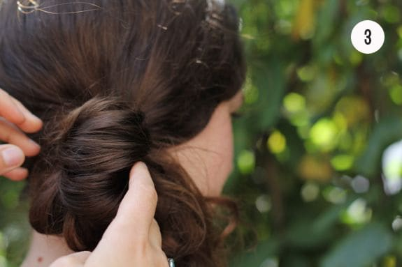 diy side pony hairstyle