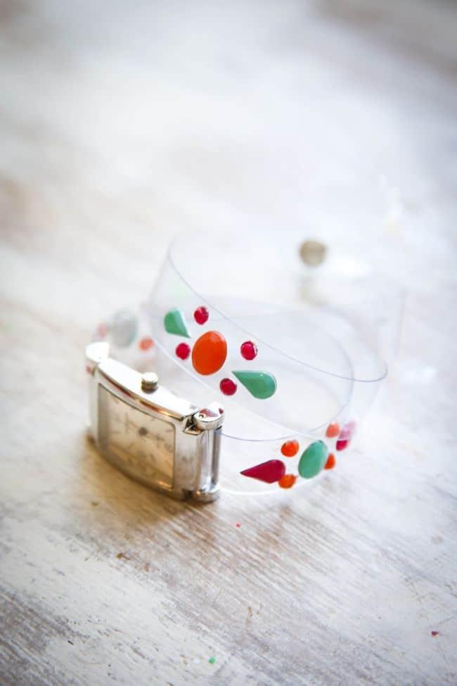 DIY Vinyl Watchband | Hello Glow