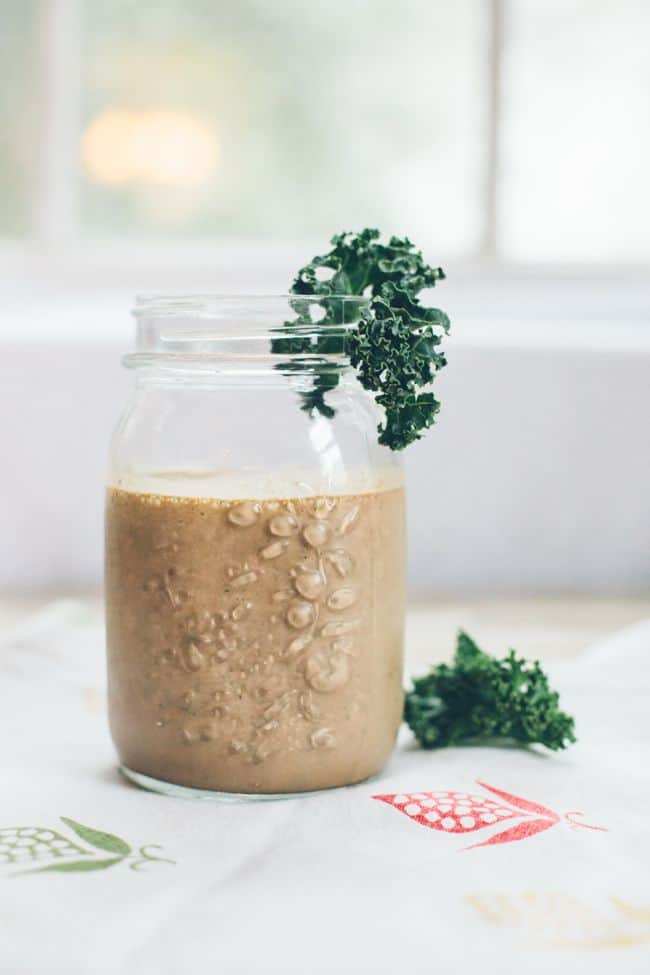 Chocolate Chia Kale Smoothie