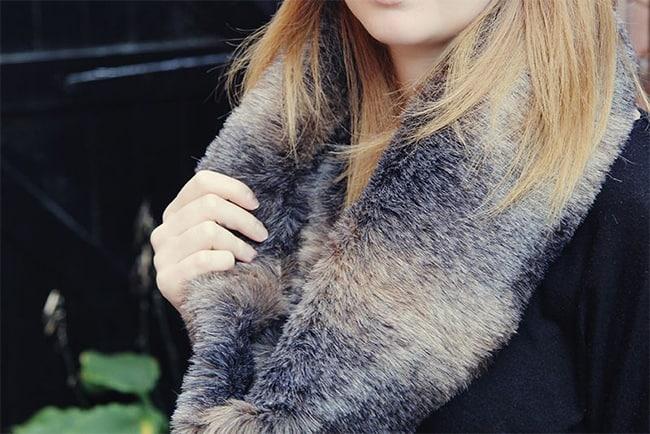 Fur cowl | Hello Glow