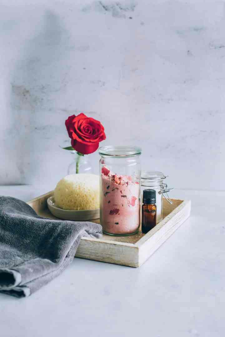 DIY Rose Milk Bath