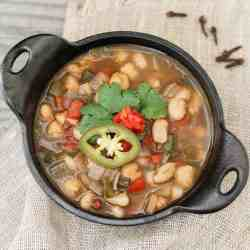 Chickpea and White Bean Chili + 5-Day Meal Plan