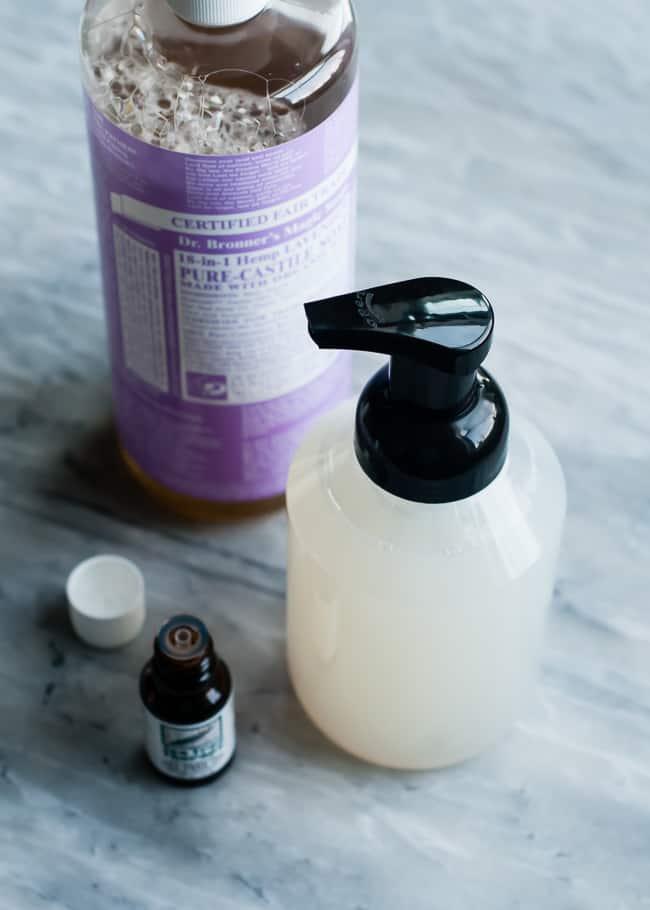 DIY Antibacterial Foaming Hand Wash