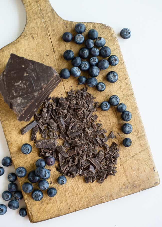Blueberry Chocolate Vegan Ice Cream | HelloGlow.co