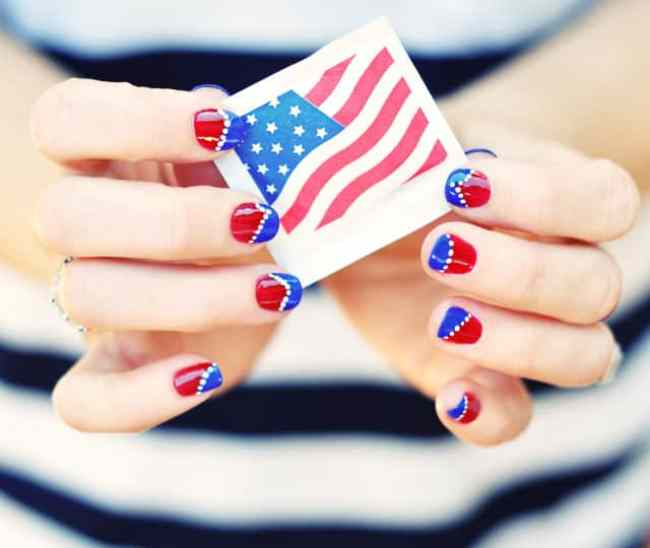 red-white-and-blue-Nail-art-4th-of-July-nails