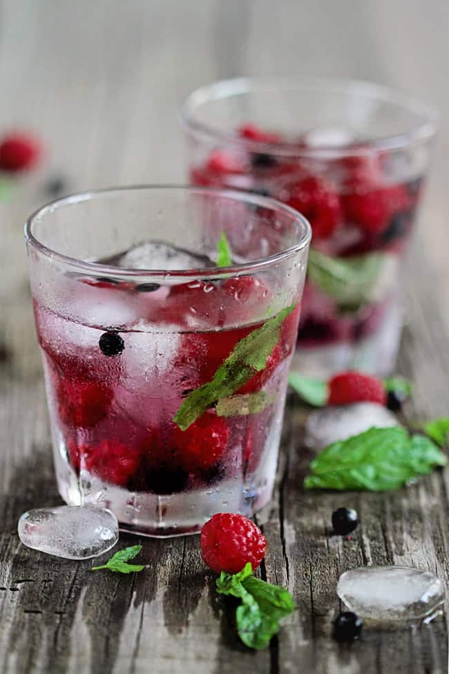 Berry Mint Water | 3 Infused Water Ideas