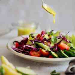 Hydrating Romaine Salad with Mango-Basil Dressing