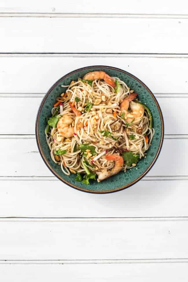 Lemongrass Rice Noodle Salad + Pomelo Twist Cocktail