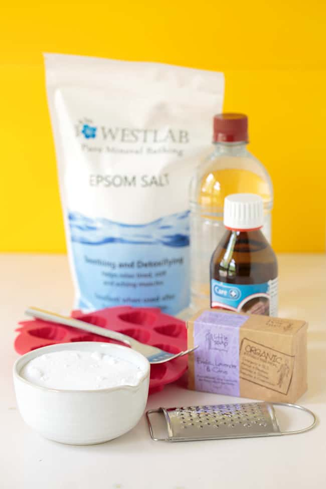 All-In-One DIY Laundry Bombs