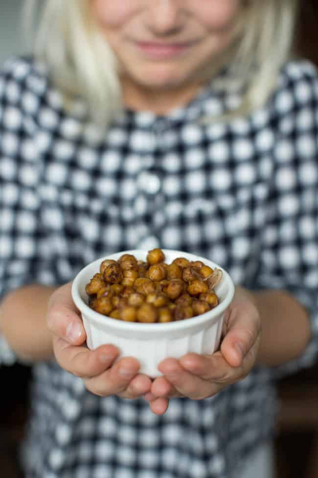 Roasted Chickpeas by Hello Glow