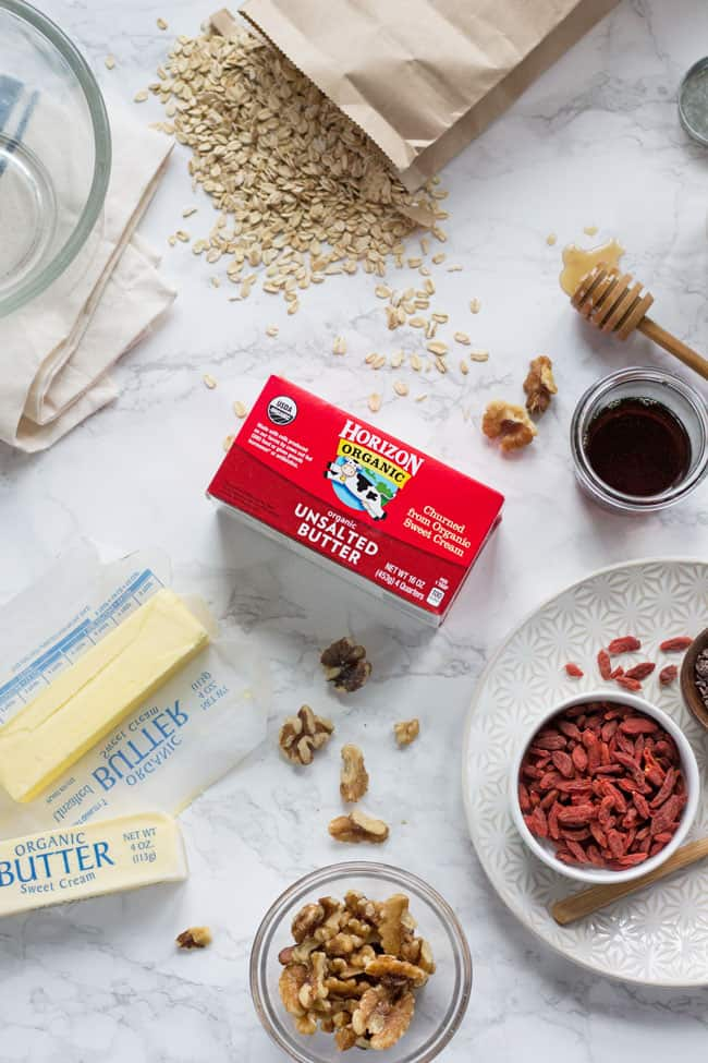 Gift-Worthy Homemade Superfood Granola