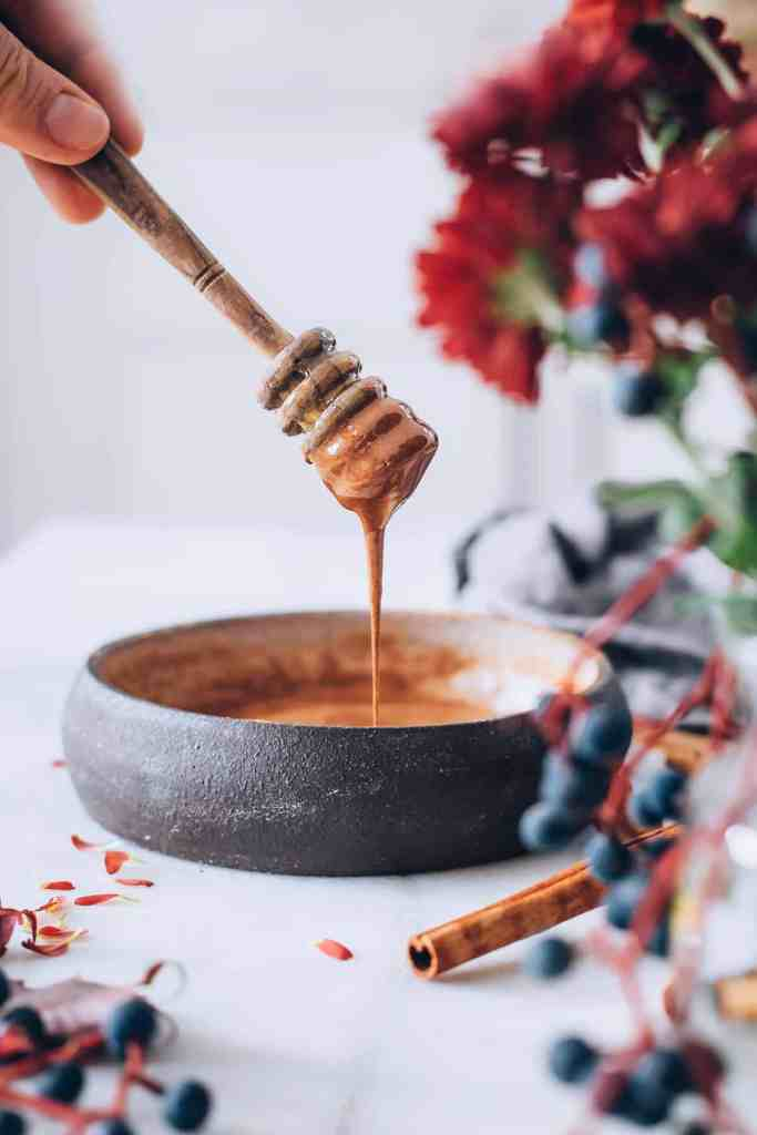 Anti-Inflammatory Honey Cinnamon Face Mask