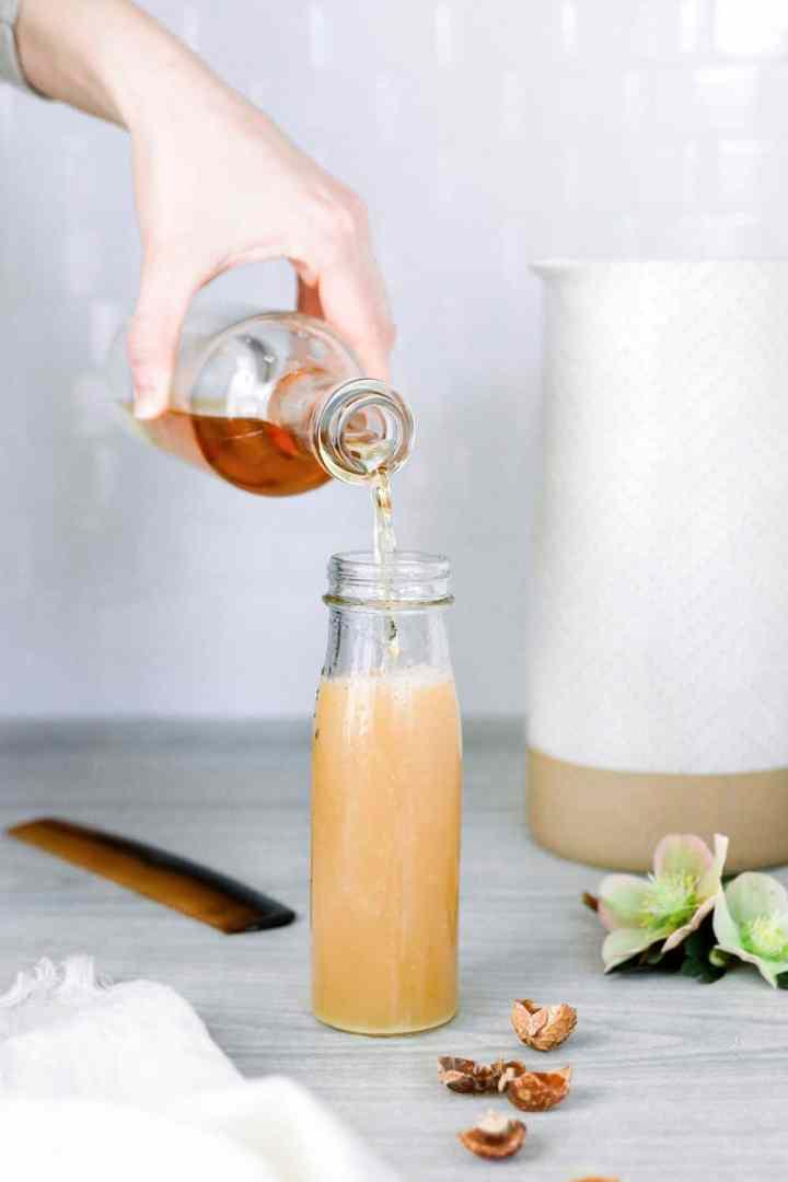 Clarifying Apple Cider Vinegar Shampoo