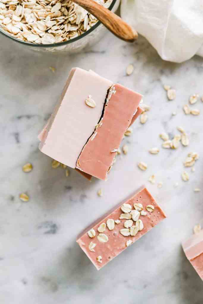 Melt and Pour Moisturizing Clay and Oatmeal Soap