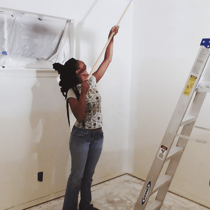 How to Prep Walls Before Painting: A Comprehensive, 8-Step Guide