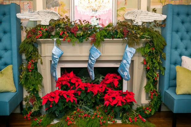 Christmas decor on the fireplace mantel at 2013 Christmas at Callanwolde www.roomsrevamped.com