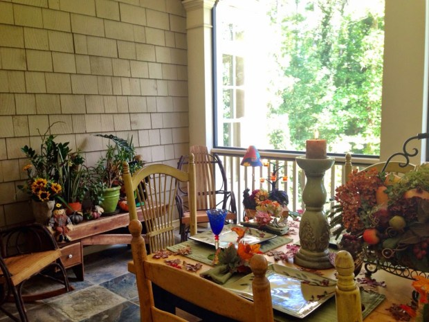 fall-decor-ideas-porches