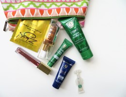 Sampling New Beauty Brands from Ideal World