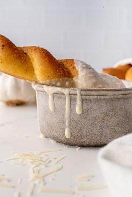 Roasted Garlic Cream Sauce-1790_resized