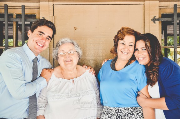 sanchez-family-7