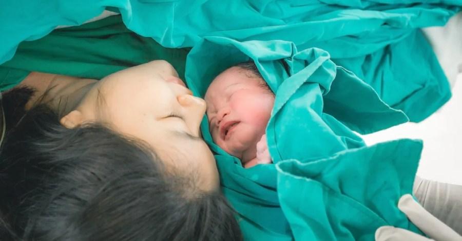 تفسير رؤية الولادة في المنام وحلم الولادة بالتفصيل