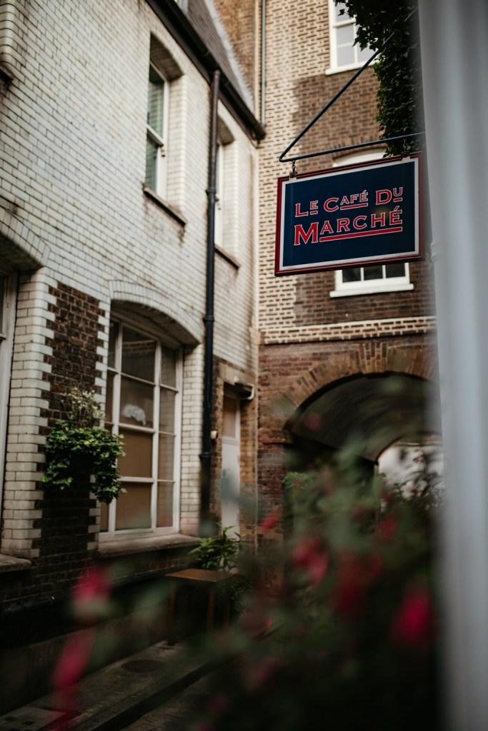 Le Café du Marché French restaurant in London wedding
