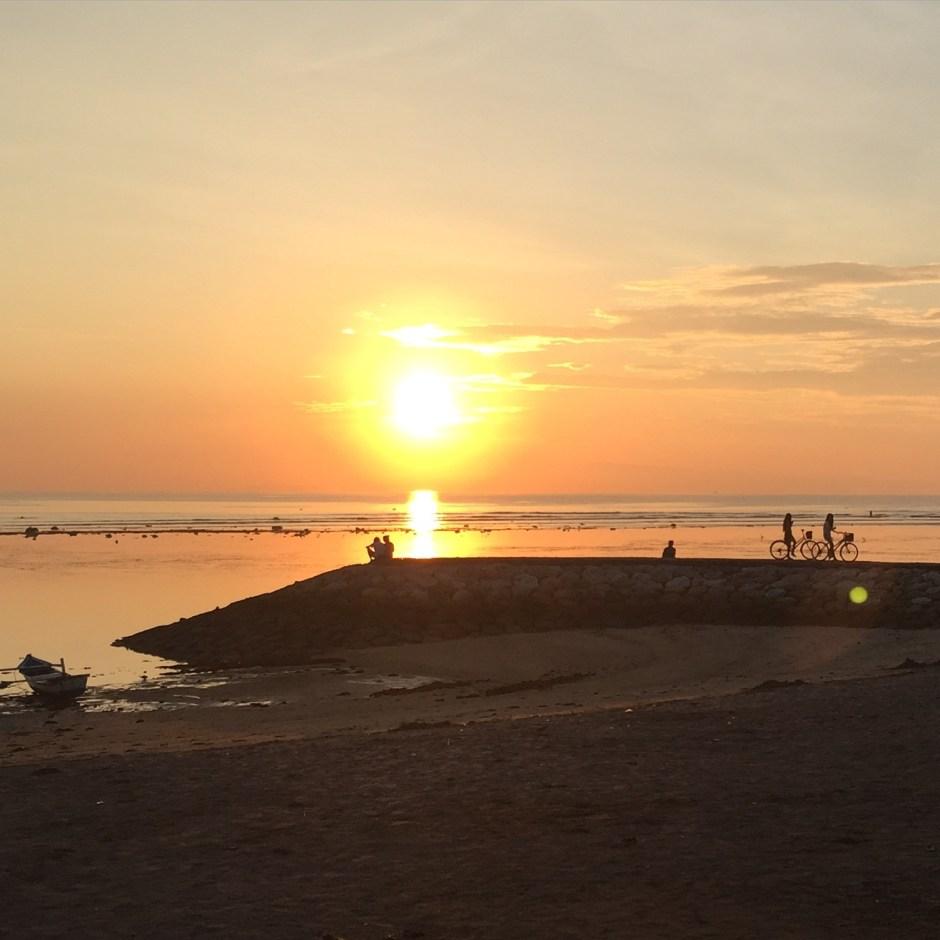 Sunrise Sanur | Sunrise & Sunset in Bali | Hello Raya Blog