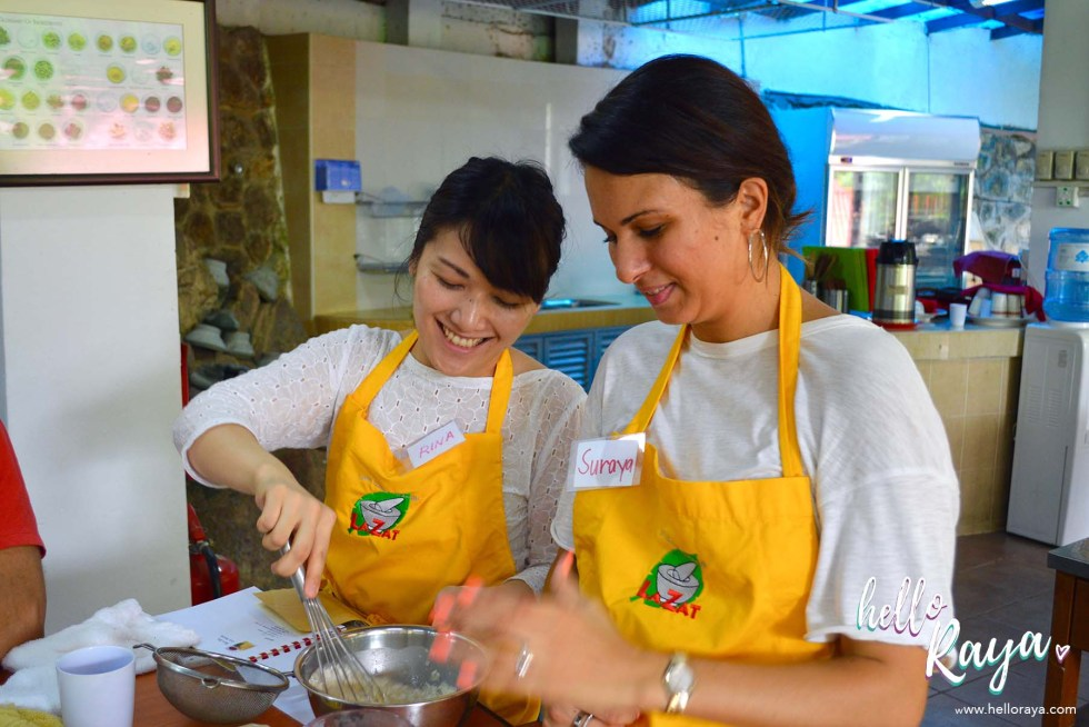 A Malaysian Cooking Class in KL | Lazat Cooking Class | Team Work | Hello Raya Blog