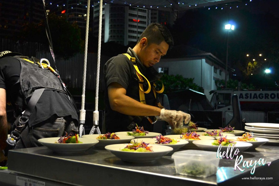 Dinner in the Sky Malaysia - Staff Preparing Meals | Hello Raya Blog