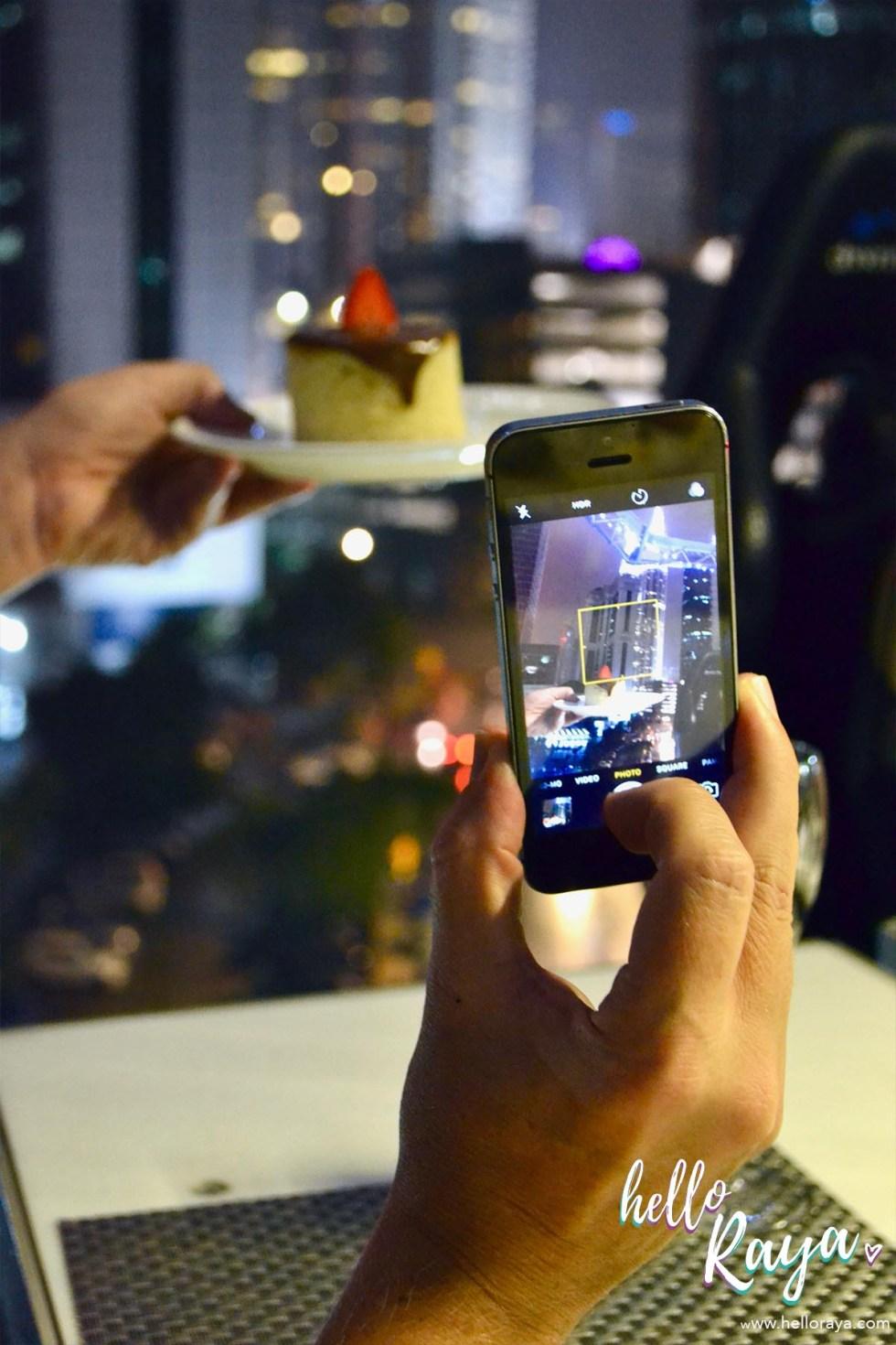 Dinner in the Sky Malaysia - Taking Photos | Hello Raya Blog