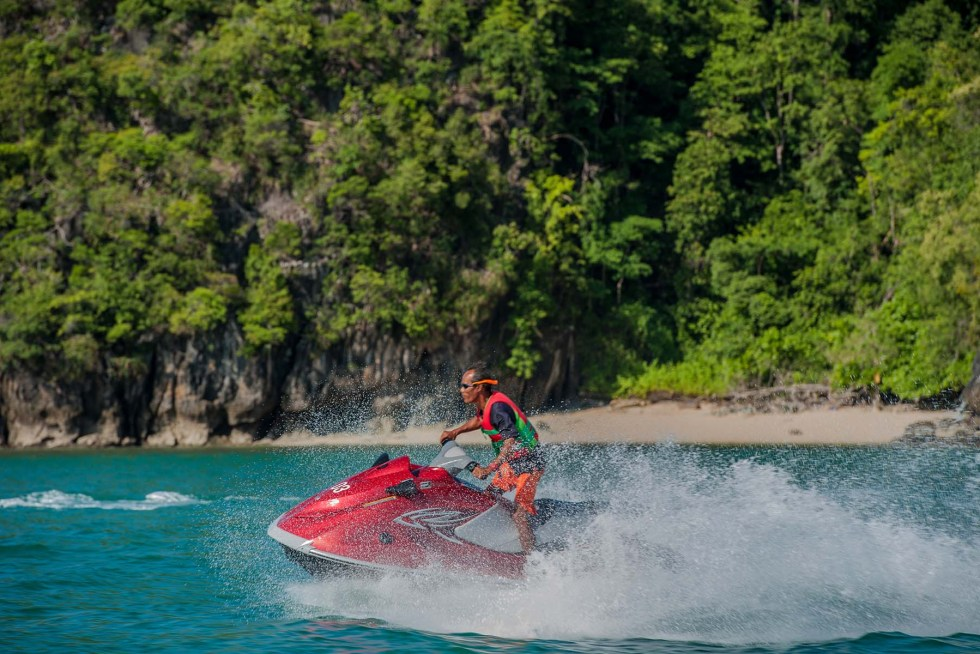 Paradise 101 by Naam in Langkawi - Jet Skiing | Hello Raya Blog
