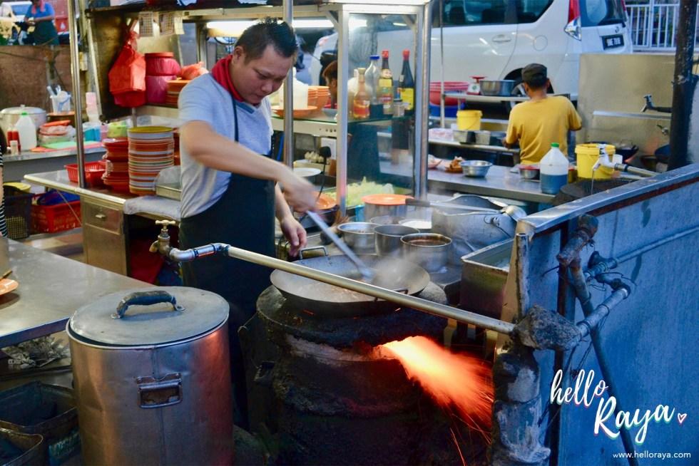 Food Tour Kuala Lumpur | Hokkien Noodles | Hello Raya Blog