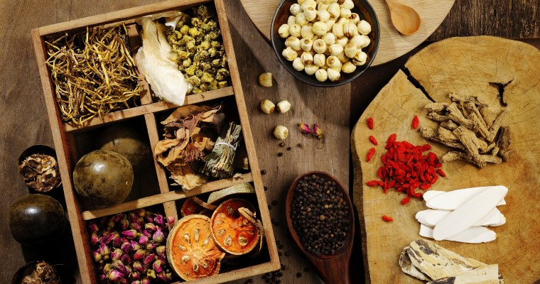 Top 5 Herbs for Women According To Traditional Chinese Medicine (TCM)