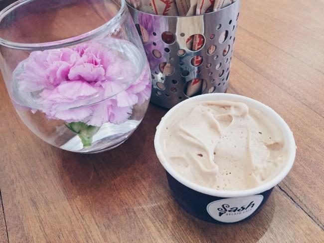 Sash Gelato Cafe - Hazelnut Gelato - HELLOTERI