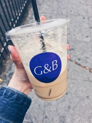 Los Angeles, USA - G&B Coffee - Almond Macadamia Latte - helloteri