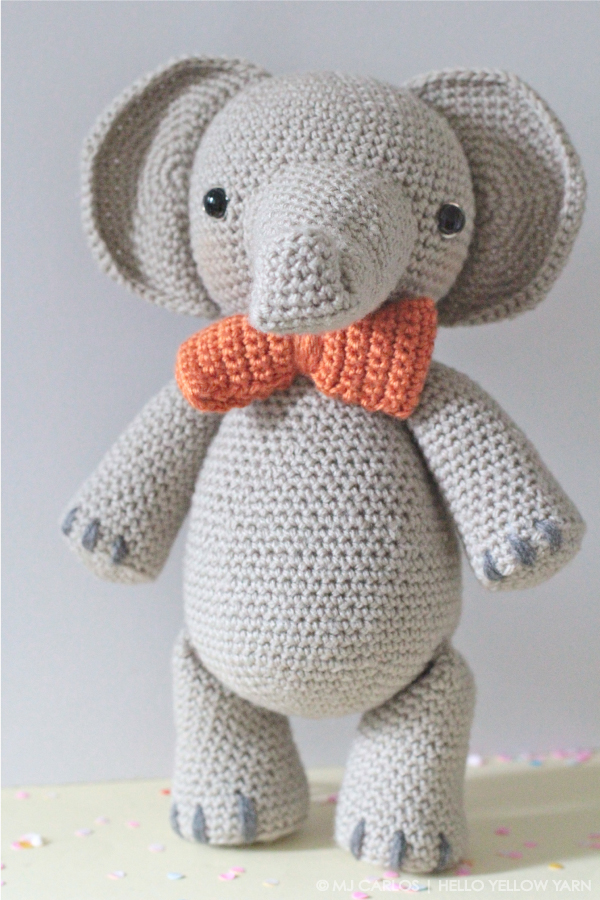 Elephant afghan My granddaughter would go crazy - she loves ... | 900x600