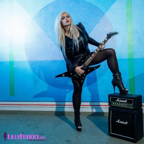 Emmy, gitarshoot , kreativ fotoshoot