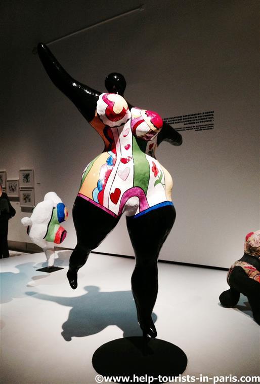 Nana Figur von Niki de Saint Phalle