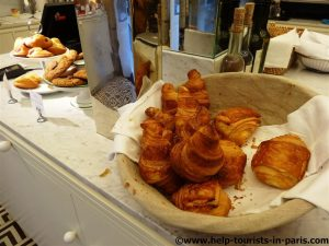Viennoiserie Claus Café in Paris