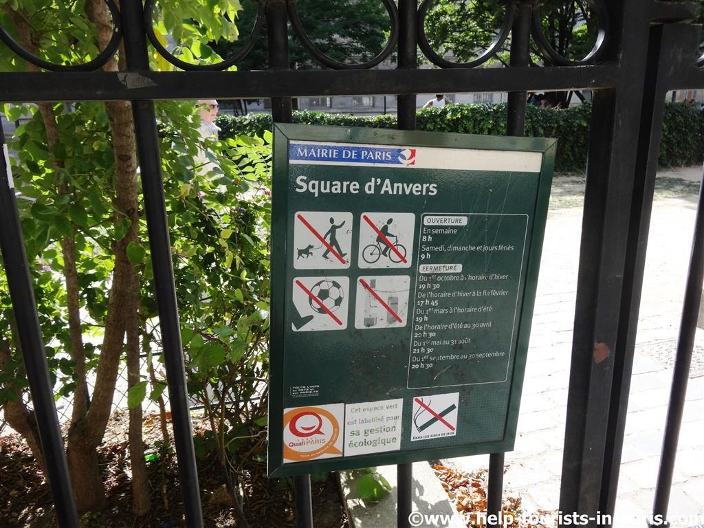Hunde in Parks in Paris verboten
