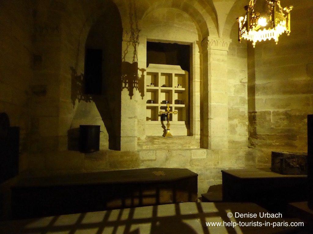 weitere-reliqiuen-basilika-saint-denis-in-paris
