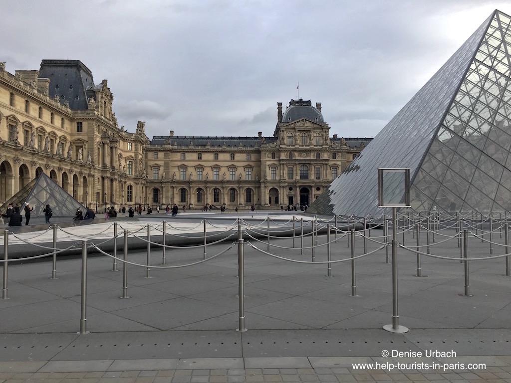 Louvre Warteschlangen Paris